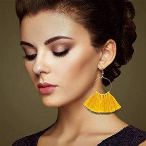 Pendientes dorados de aro borlas amarillo